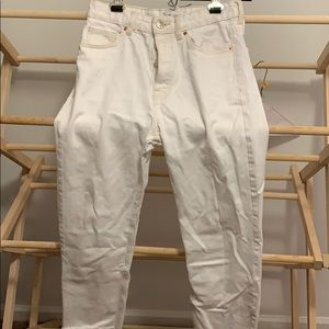 Zara white jeans size 4 perfect condition